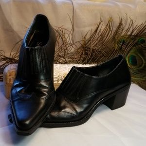 Sam & Libby Pegasus ankle boots